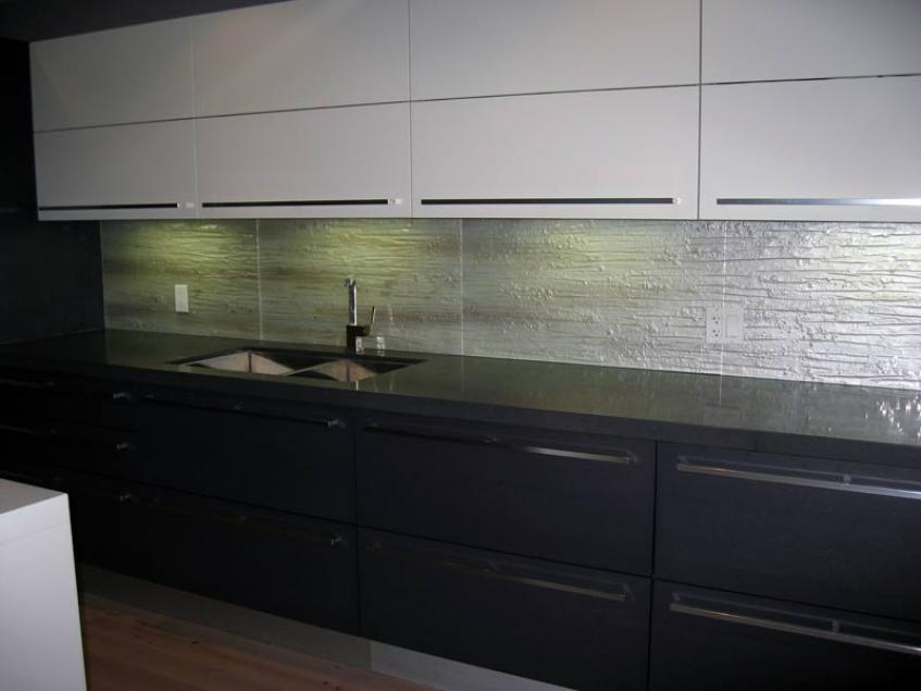 backsplash flux glass